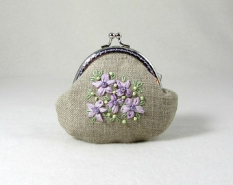 Linen coin purse, Embroidered purse, hand embroidery, floral pouch, beaded purse