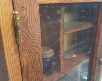 Curio cabinet for you trinkets