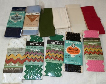 Vintage  Wrights Rick Rack/Hem Facing/Skirt Facing/Blanket Binding...Lot 101
