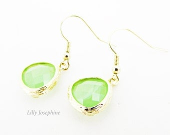 Apple Green Faceted Crystal and Gold Dangle Earrings, Pale Green Wedding Jewellery, Bridesmaids Earrings, Small Green and Gold Earrings