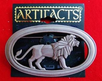 JJ Jonette Silvertone Regal Lion In Oval Frame Brooch Pin