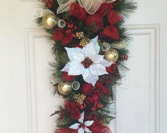Christmas Swag, Christmas Front Door, Christmas Poinsettia, Holiday Swag, Poinsettia Decor, Poinsettia Swag, Christmas Greenery