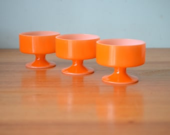 Vintage dessert bowls cups orange USA ramekins pyrex? ramekins