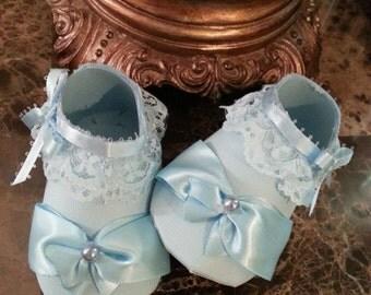 Baby Shower Favors / Set Of Ten Light Blue Booty Shoe Favors / Light Blue Shower Favors