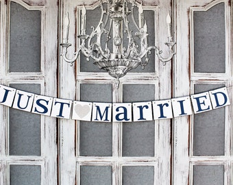 JUST MARRIED BANNERS, Wedding Signs dECORATIONS, Getaway car banners, Rustic Wedding Signs