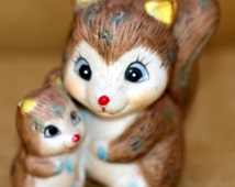 Mother and Baby Squirrel Figurine - Cute Woodland Squirrel