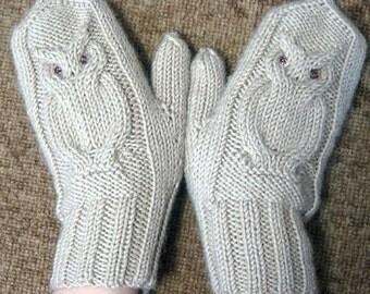 Owl hand knit mittens,wool, winter white