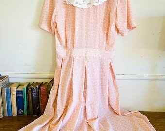 Peach and White 80's Spring or Easter Dress with Lace Collar