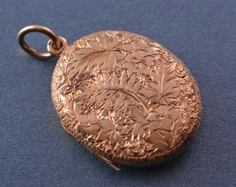 9ct Yellow Gold Victorian Opening Locket