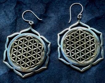 flower of life earrings (brass/dip in silver)