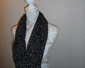 Infinity Scarf in Gray & Black Leopard Print