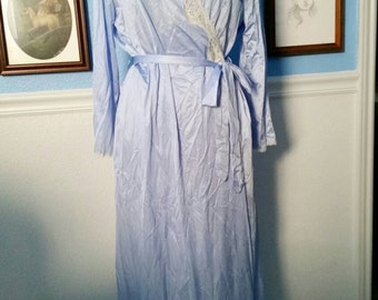 Periwinkle Vanity Fair Robe