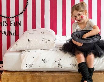 Toddlers Bedding Set, 3PC Childrens set, White kids bedding, Children bedding, Modern toddler bedding, Print screen bedding, Ndoto Circus