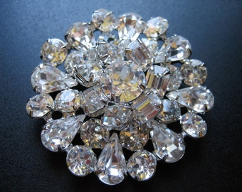 Vintage Signed Weiss 2 Tier Layered Clear Rhinestone Silver Tone Brooch Pin