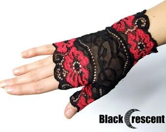 Black lace gothic gloves,  fingerless, black lace, burlesque,halloween, wedding