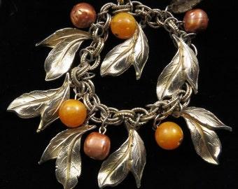 Vtg Charm Bracelet Bead Leaf Goldtone Leaves Gold/Brown Plastic Swirl Beads