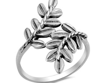 Oxidized Bay Leaf Ring Solid 925 Sterling Silver Plain Simple Fashion Leaf Ring Delicate Laurel Ring whimsical Wrap ring Graduation Gift