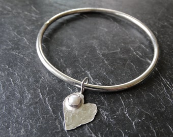 Sterling silver heart bangle with pearl