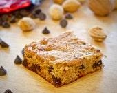 Paleo Chocolate Chip Bars - Gluten free, Dairy free