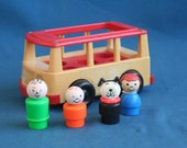 vintage 1969 Fisher Price Vintage Little People Mini Bus + 3 people and Family Dog