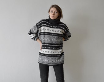 vintage monochrome fair isle striped hipster sweater turtle neck oversized jumper