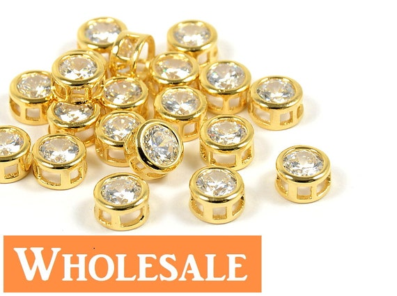 Simple Round Circle CZ Charm WHOLESALE/ Cubic Zirconia Pendant in Gold Plating - 10 pcs/ order