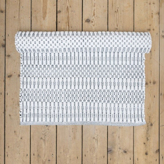 Soft Black And White Patterned Washable Cotton Rug