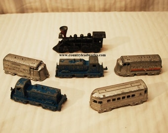 Antique Midgetoy Die Cast Metal Trains - 18 piece's