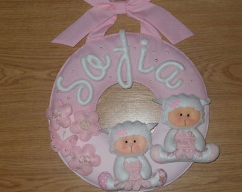 Garland personalized with the child's name