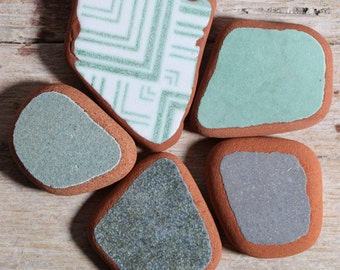 Green Sea Pottery / 5 pieces / Italian Genuine Sea Tiles for Collection, Jewelry and Mosaic (sp-0005-1)