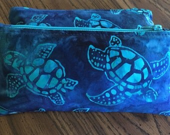 Batik sea turtles zipper pouch can be used as a pencil case, cosmetic case