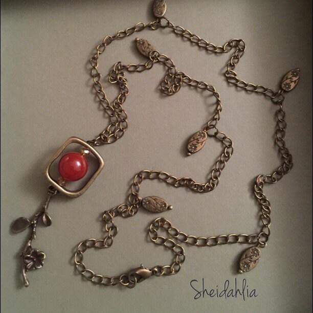 Red Bronze Stone : Carnelian necklace bronze vintage