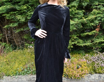 Custom made 'Cordelia' vintage inspired modest long sleeve dress with ruffle details at sleeve and hem. Color and luxury fabric options!