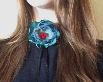 Flower Necklace, Gucci Inspired Choker, Shades of Blue with Red Stone and Black Ribbon