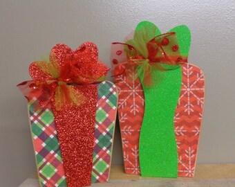 Christmas Decor- Winter Decor - Gifts - Wood Presents
