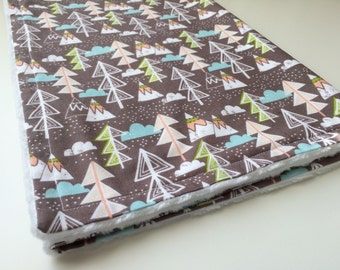 Mountains baby blanket, Minky baby blanket, Baby boy receiving blanket, Forest baby blanket, Baby boy gift, Baby shower gift, Ready to ship
