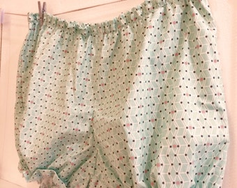 Bloomers / Women / Short / For her / Gift / Nightwear