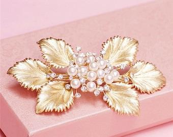 Gold Bridal hair clip Pearl wedding clip bridal hair jewelry wedding hair clip bridal hair accessory wedding hair jewelry bridal headpiece