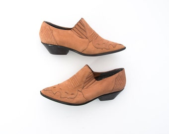 womens vintage taupe suede leather ankle winklepicker booties size 7
