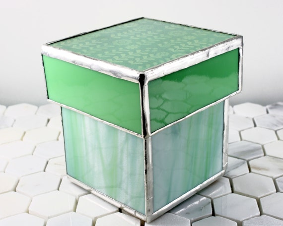 Green stained glass container bathroom accessory storage for Green glass bath accessories