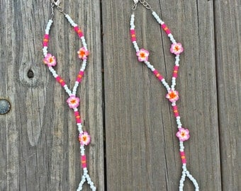 Fun and Flirty Flower Barefoot Sandals Toe Ankle Bracelet with Pink Orange and White Seed Beads by Pisces Island