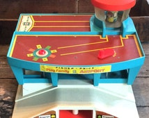Vintage Retro Estate 1970's Fisher Price Play Family Airport Little People Toys Playhouse #996