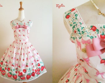 Figlia D064 Flowery Strawberry Jumper Skirt