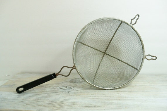 Vintage Mesh Strainer Sifter Black Handle Kitchen Cookware Cooking Utensil Made in USA 1980s