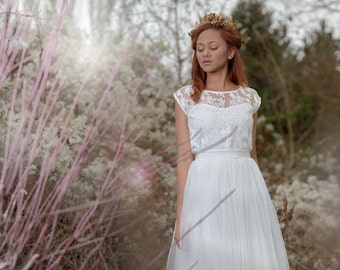 Nelly / Short wedding dress, French Lace top, tulle skirt