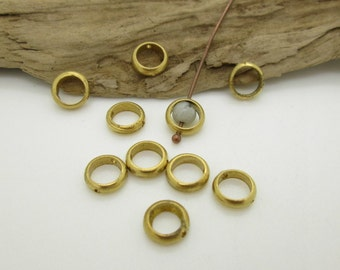 Vintage Brass Ring Connector, Brass Bead Frame, Round Brass Ring, 7x2mm (10)