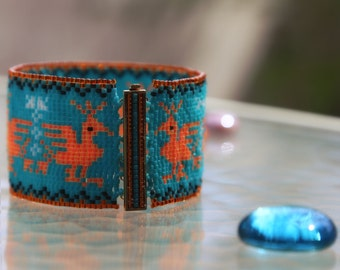 Loom weaved bracelet with ancient pattern