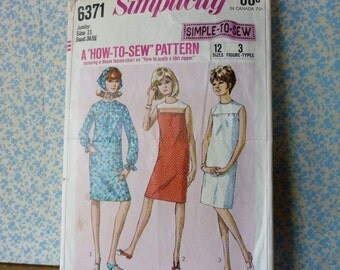 Simplicity #6371 Vintage Sewing Pattern, Misses or Junior Dress, Size 11