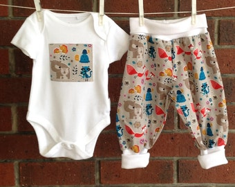 BABY WOODLAND SET, boy 2 piece outfits, ribbed harem pants,  Camelot fabric cotton, newborn 3 6 12 18 months, shower gift foxes