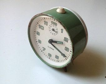 On Sale Vintage CLIPPER sea foam mechanical alarm clock Made In 1970